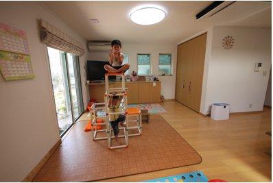 ぜんそくの子供にもやさしい、本当の健康住宅の呼吸する家です。