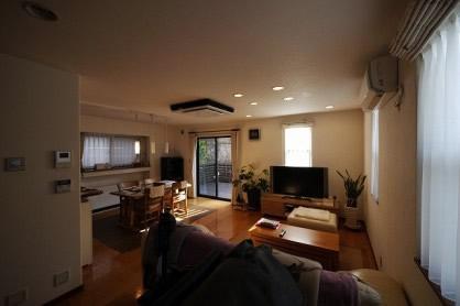 太陽光発電でプラス収入!オール電化で空気も汚さずお掃除ラクラクな家