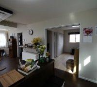 リビングと寝室に床暖房を設置した真冬でもポカポカな家